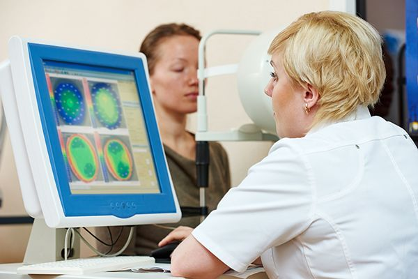 Optometry-concept-female